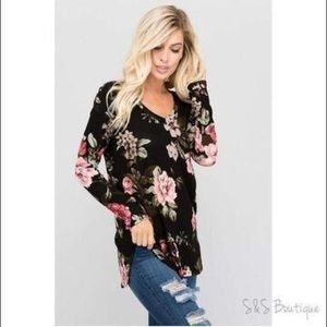 Tops - Plus Size Floral Long Sleeved V-Neck Tunic